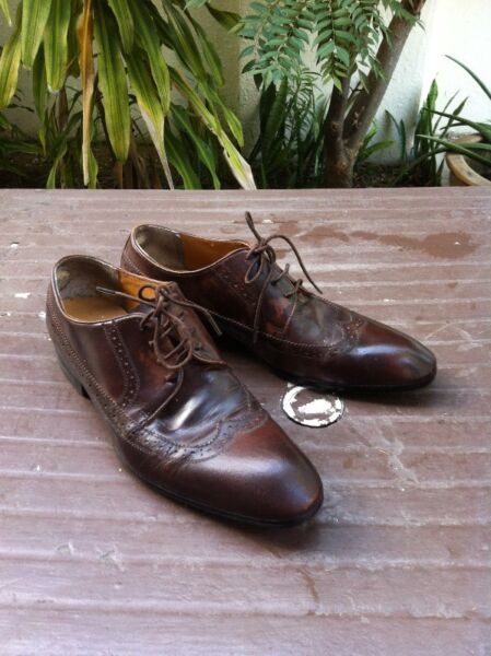 Caserini Italy Brown genuine leather shoes. Size 44. In good condition. Selling cheap.