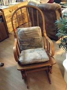 Recliner/rocking chair Cornwall Ontario image 1