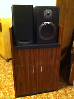 Speakers and stereo stand