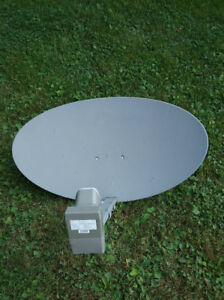 Antenne satellite Shaw Direct, récepteur HD et accessoires