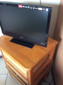 """Sony Flat Screen 23"""" TV with Built in DVD"""