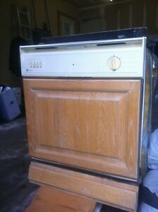 Dish washer for sale!