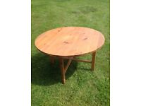 A 4ft diameter Woden table.