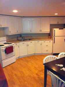 Grand Bay - Large 3 bedroom, 2 bath apartment for Oct 1
