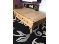Coffee table Mexican pine