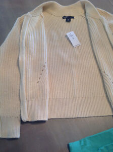 Gap knit cardigan size 8 - brand new with tags London Ontario image 1