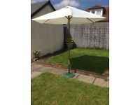 Outsunny patio umbrella (New bought from amazon £44.99)