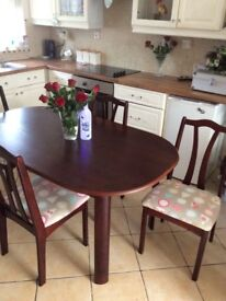 IMMACULATE MAHOGANY OBLONG 5 ft by 36 inch table n four chairs