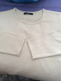 Ladies long sleeved jumper