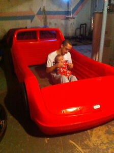 Red Full Size Single Racecar Bed