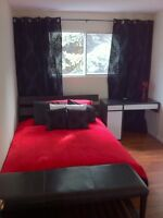 ROOM FOR RENT $400