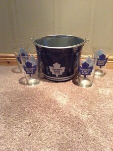 Toronto Maple Leafs bucket and four glasses Kitchener / Waterloo Kitchener Area image 1