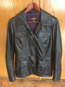 Danier Leather XS Ladied Jacket worn only a few times paid $240