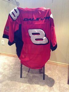 Dale Earnhardt Jr. #8 NASCAR football jersey --size Large Kitchener / Waterloo Kitchener Area image 2