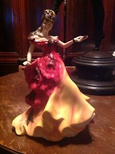 ROYAL DOULTON FIGURE OF THE YEAR  BELLE HN 3703