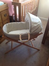 Moses basket with mamas&papas stand