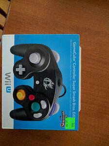 2x GameCube Controller for Wii U For Sale / À Vendre