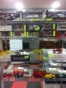 DIE CAST Airplanes AUTO ART ERTL and Comics TODAY @ Kastners