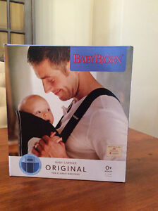 Baby Bijorn Infant Carrier New! Limited Edition blue swirl