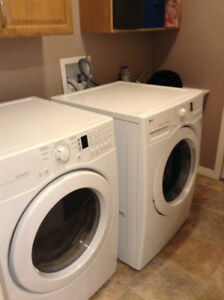 The person selling the LG washer & dryer is a FRAUD BEWARE