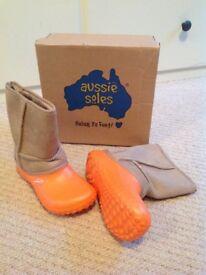 Aussie Soles Snugg winter boots, brand new