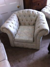 1+2+3 seater chesterfield suite