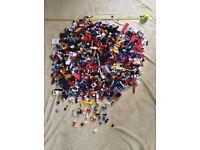 Lego large 6 kg mixed bundle of wheels, windows, doors, bricks, classic figures.