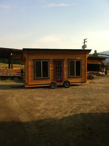 Cedar Tiny Log Home - Guest Room, Office, Workshop
