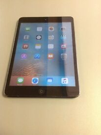 Apple iPad Air - 64GB - WiFi - Space Grey - Good Condition