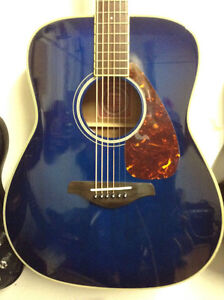 YAMAHA Guitar Acoustic BLUE $299