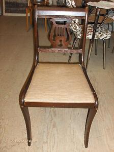 Chaises antique dossier harpe (4)