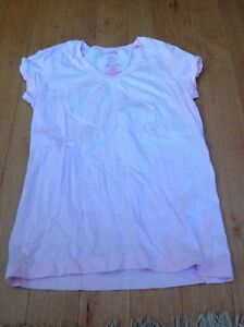 Girls shirt sleeve T's size L (10-12)