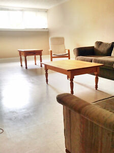 2 Blocks to Wilfred Laurier University - Student Rooms for Rent!