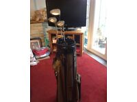 Golf clubs bag and 3 clubs can septerate
