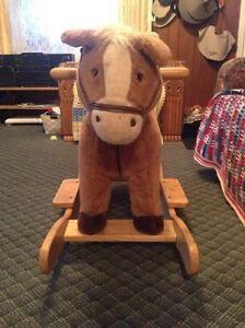 Rocking horse West Island Greater Montréal image 2