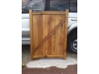 Solid prime oak gate handmade 97.5 x 134 x 4.5cm