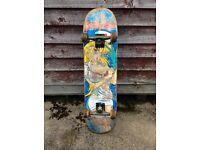 Skateboard - Custom pro setup. Hookups deck, Thunder trucks, Lucky bearings