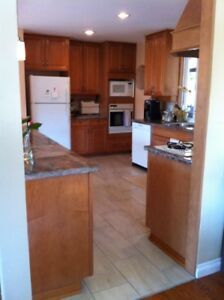 location location location 3bdrm with mountain view