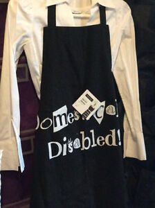 Aprons. Black. One Size fits all / Unisex