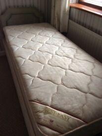 "2ft 9"" Single Bed & Mattress"
