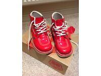 Red original kicker boots size 6 (39)