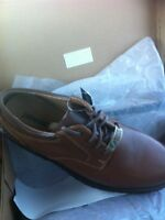 Men's all sizes  genuine leather shoes. Brand new soulier cuir