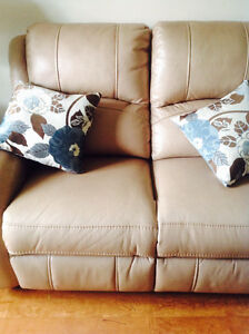 LLEATHER LOVESEAT PRICE REDUCED TO $450