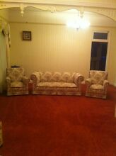 Chesterfield 5 piece lounge Deagon Brisbane North East Preview