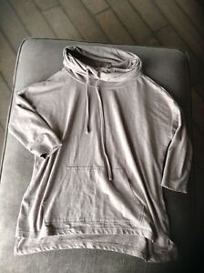 Forever 21 sweater/ hoodie