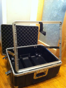 GATOR - 10U Pop-up Rack Hard Case with Handle & Wheels -NEW