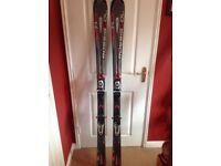 Rossingnol skis