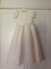Girls holy communion/bridesmaid dress age 9/10 By Designer Nicki Macfarlane