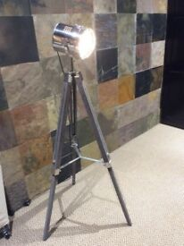 Industrial Tripod search lamp