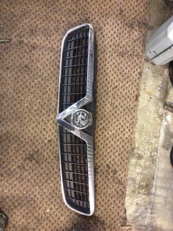Vectra c xsi grill £15